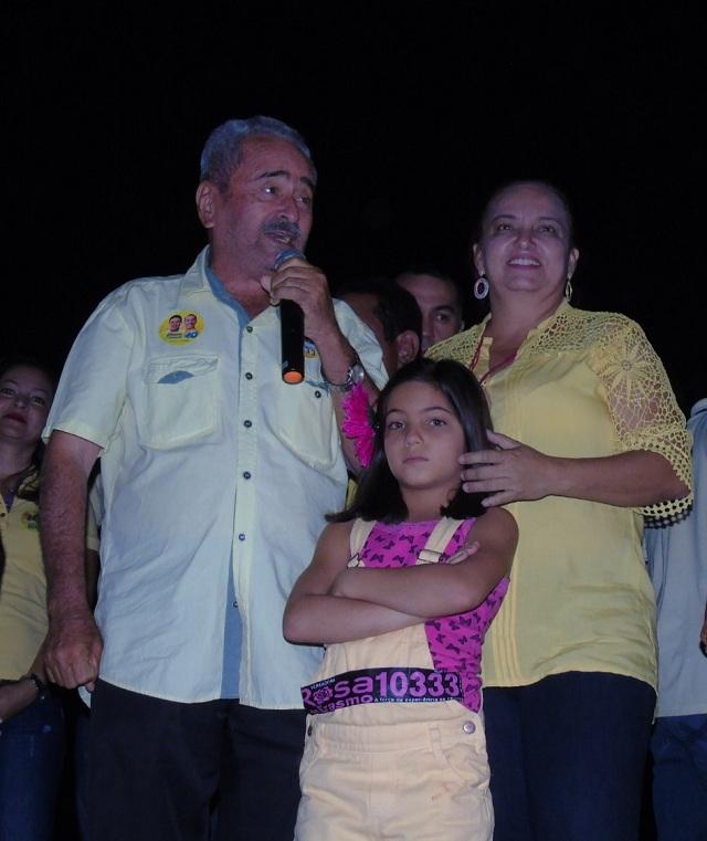 O ex vereador Erasmo Farias e sua filha a vereadora Rosa Farias