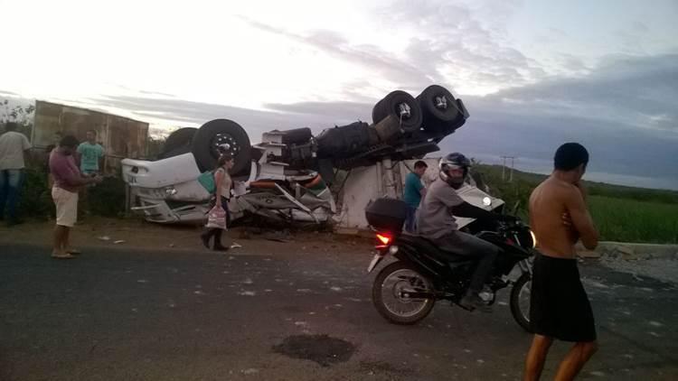caminhão-capota2