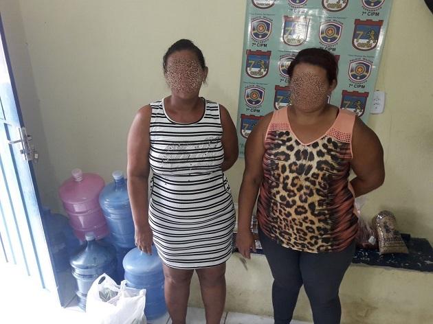 Mulheres presas por furto no Comercial Narcizo